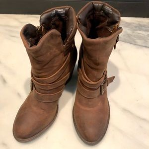 Steve Madden Raleigh Distressed Boots